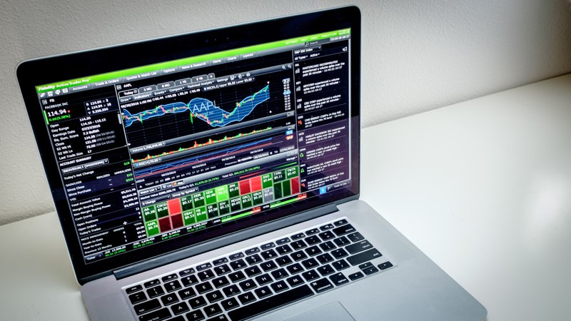 Featured-Image-for-Online-Stock-Trading